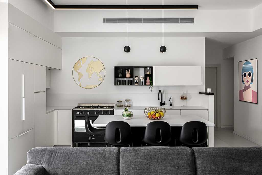 סלון ומטבח לבן