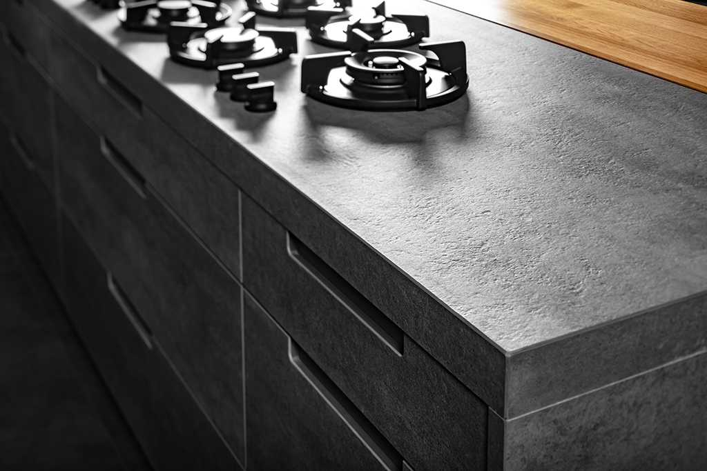מטבח אפור צלם: עוזי פורת